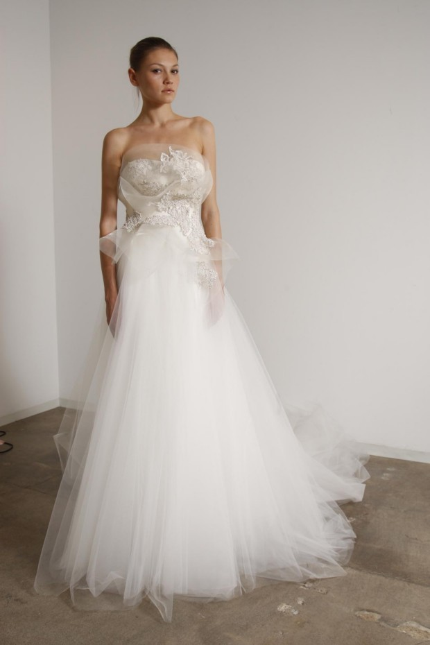 Marchesa-2010-wedding-dress-5.full