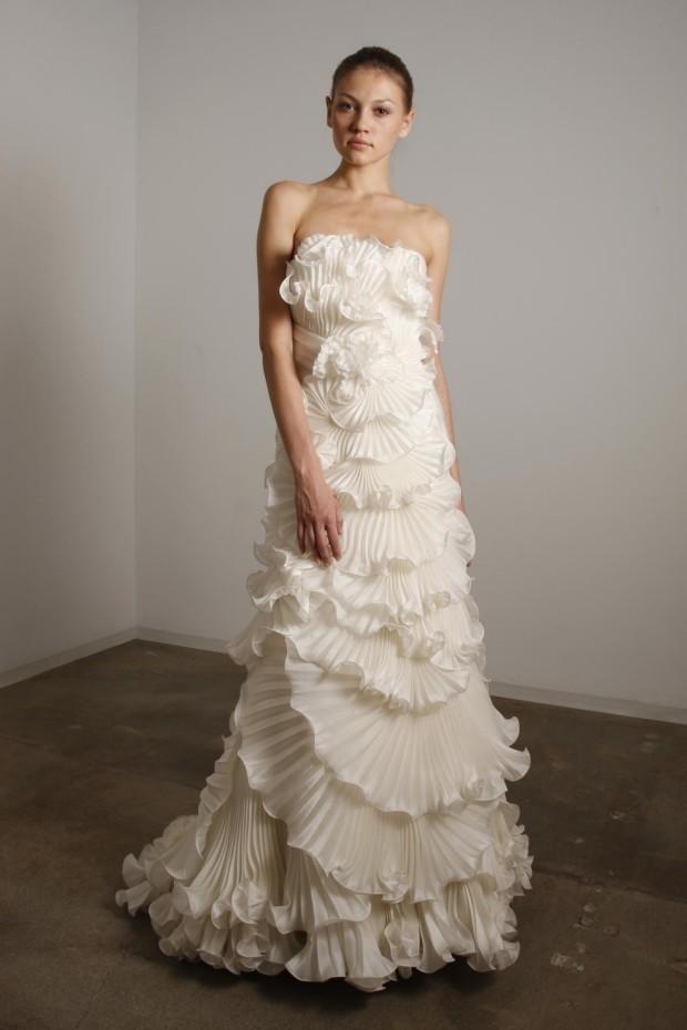 Marchesa-2010-wedding-dress-4.full