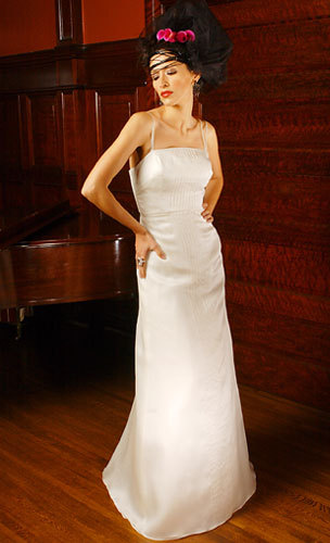 Christina-hurvis-couture-wedding-dresses-vendome.full