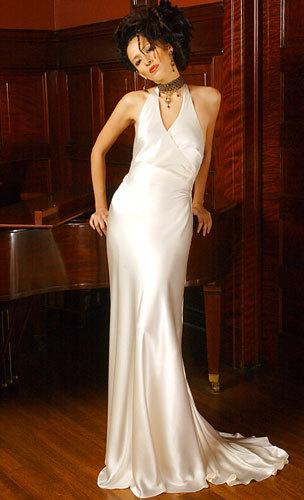 Christina-hurvis-couture-wedding-dresses-marais.full