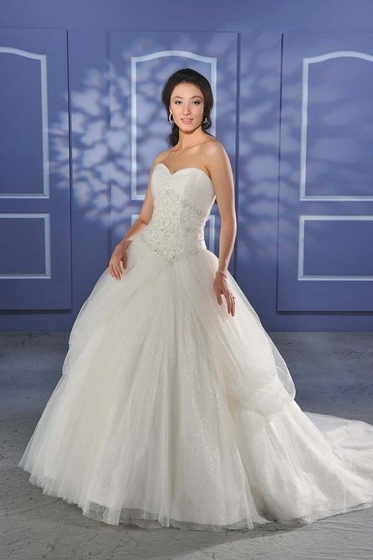 Bonny-bridal-wedding-dress-014.full