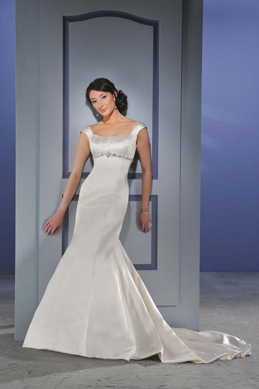 Bonny-bridal-wedding-dress-012.full