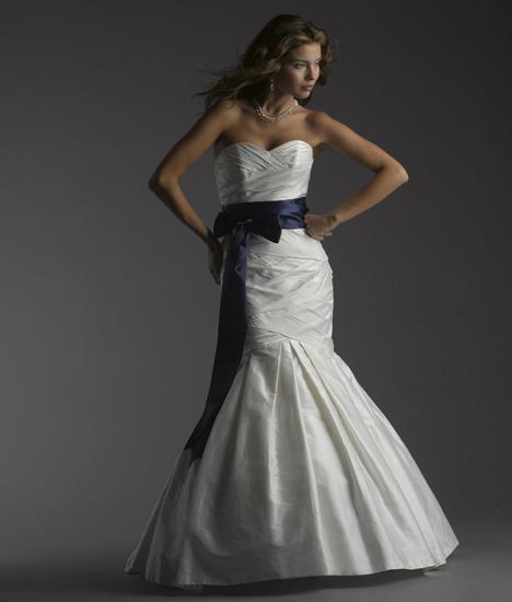 Bellissima-wedding-dresses-letizia.full