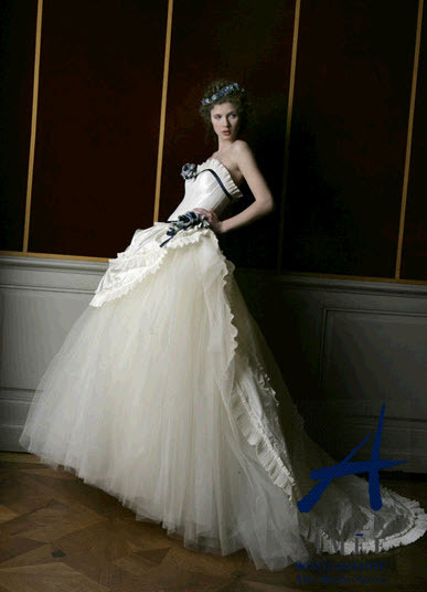 photo of 10 Dress