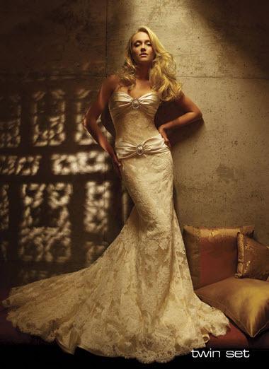 Amy-michelson-wedding-dress-twin-set.full