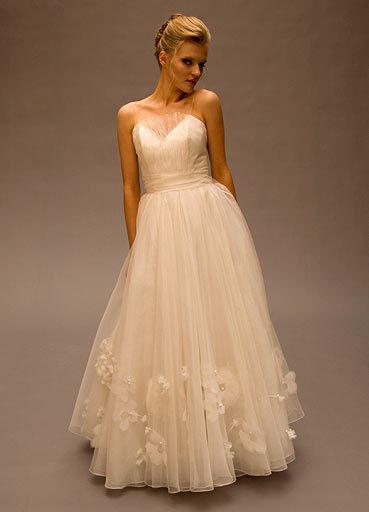 Alice-padrul-wedding-dress-savanna.full
