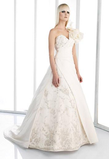 Akay-wedding-dresses-942.full