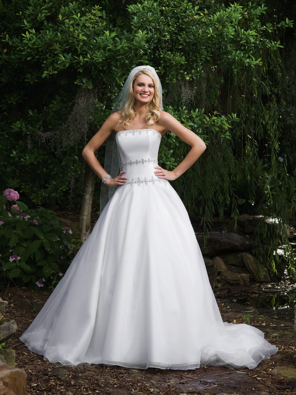 2bebride-e231030-wedding-dress.full