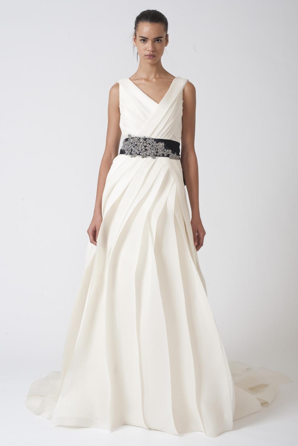 Vera-wang-wedding-dresses-fall-2010-12.full