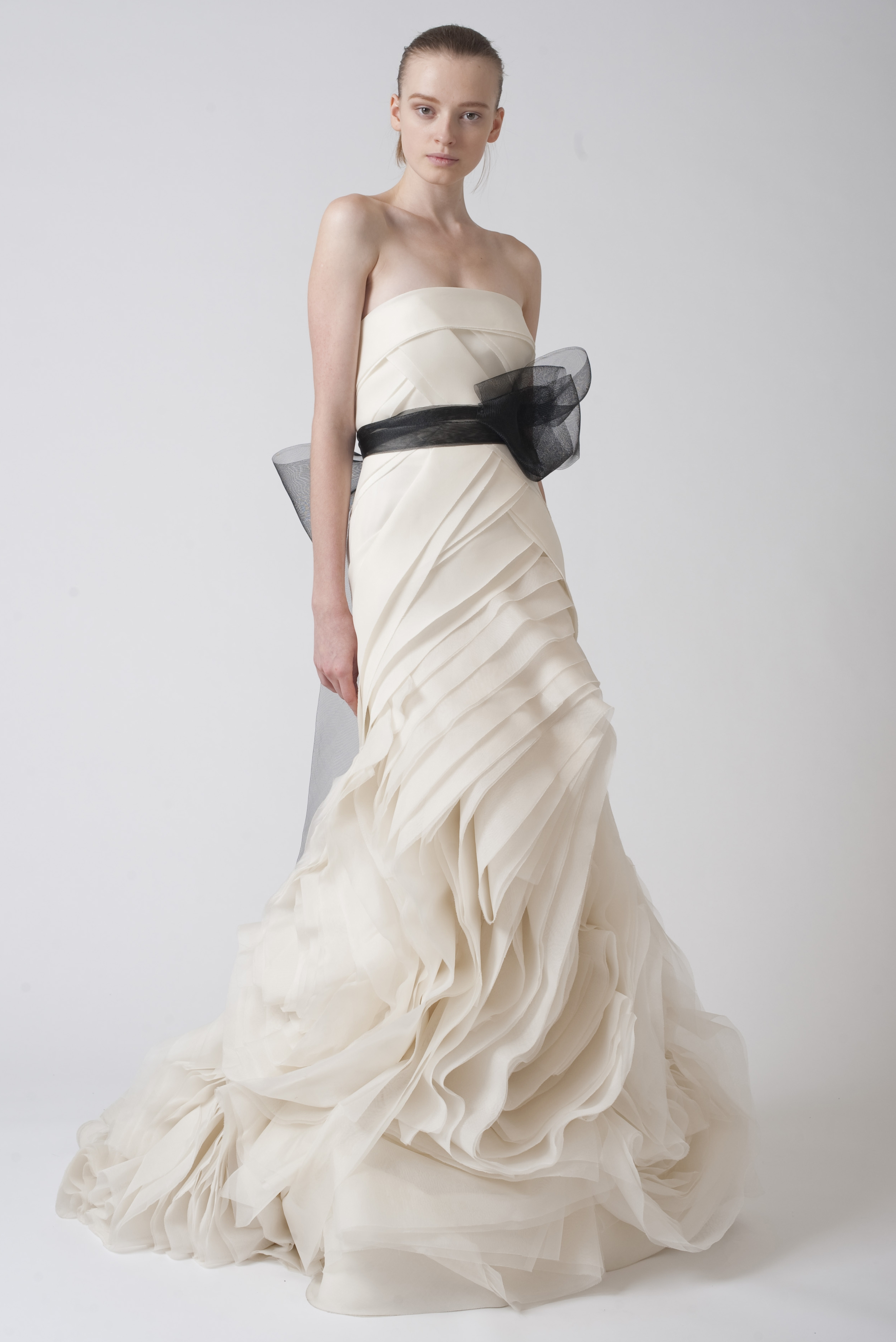 Mesmerizing Affordable Vera Wang Wedding Dresses Pictures Design ...