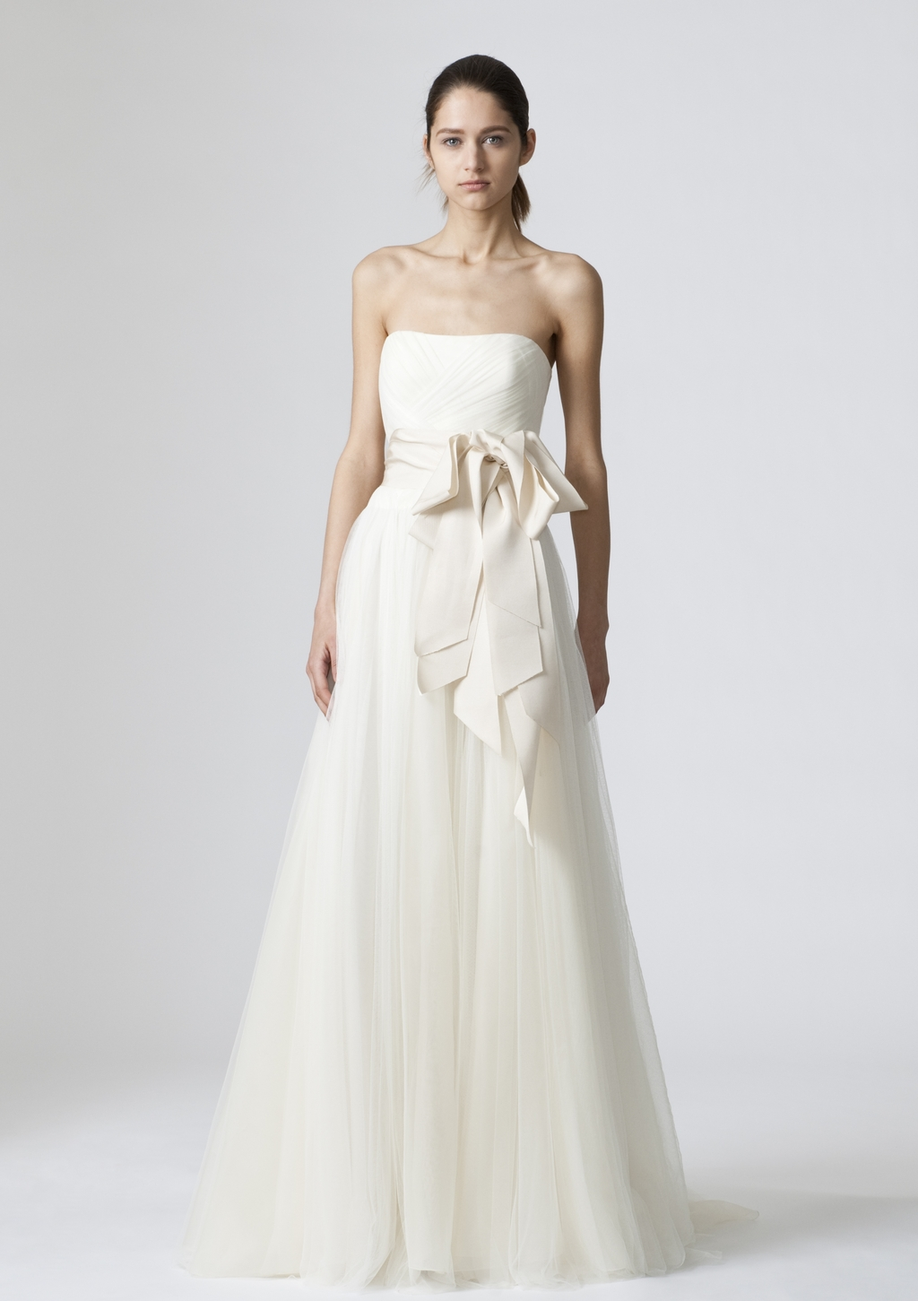 Vera-wang-wedding-dresses-spring-2010-11.full