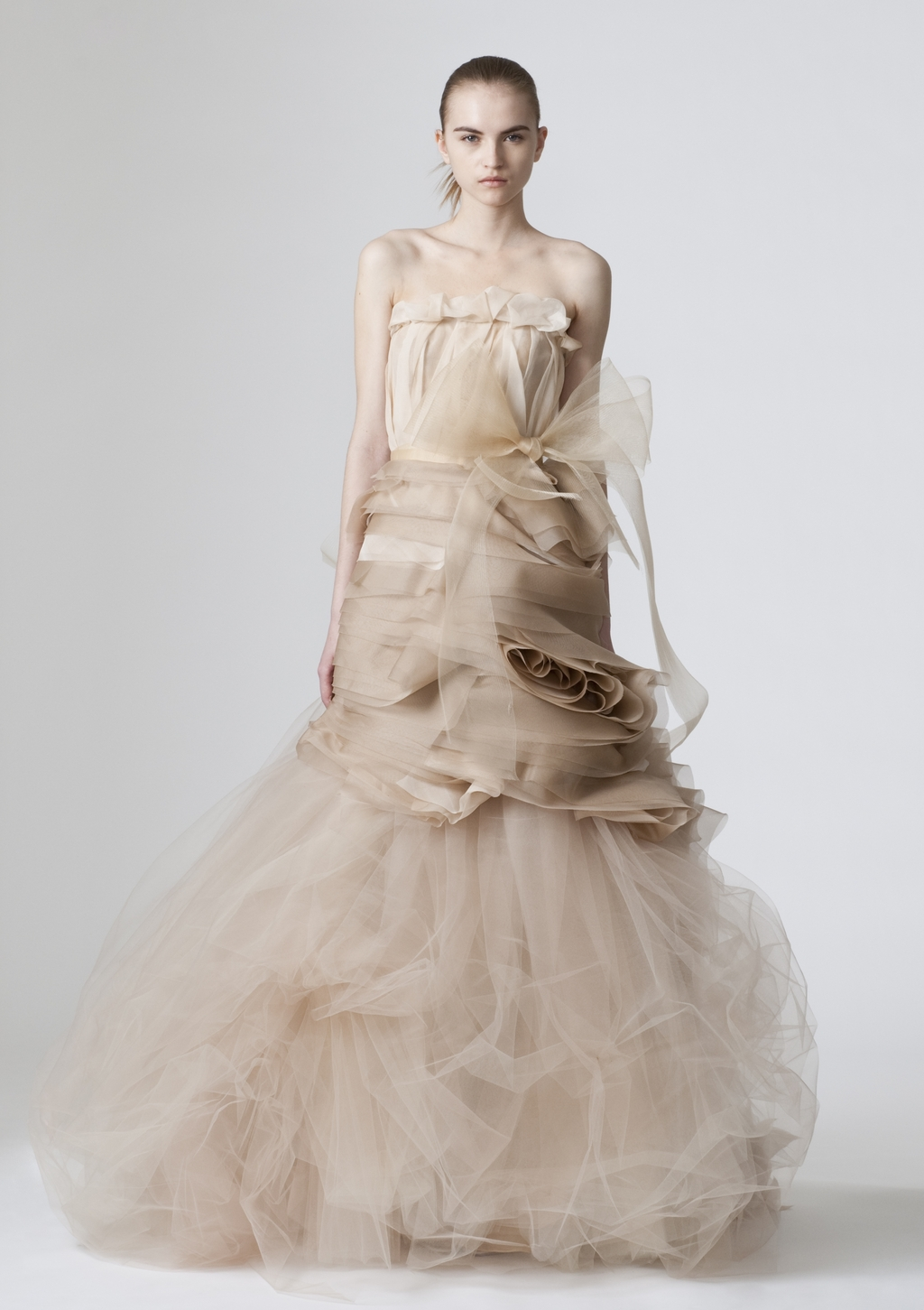 Vera-wang-wedding-dresses-spring-2010-5.full