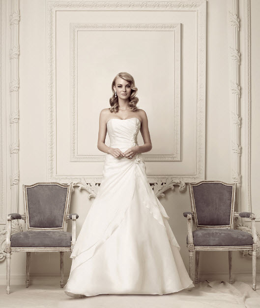 photo of 7053 Dress