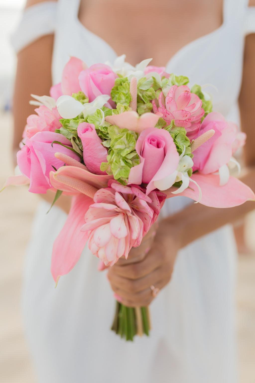 Wedding Bouquets on OneWed