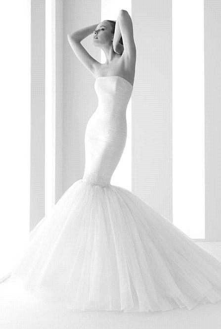 Rosa-clara-tulle-white-strapless-mermaid.full
