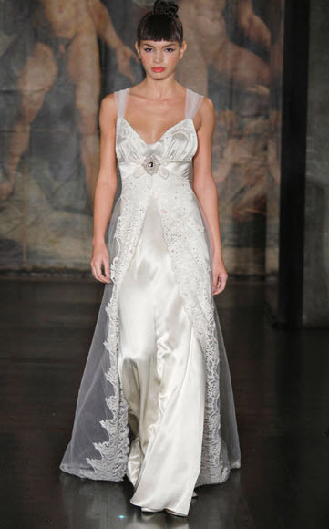 Claire-pettibone-moonflower.full