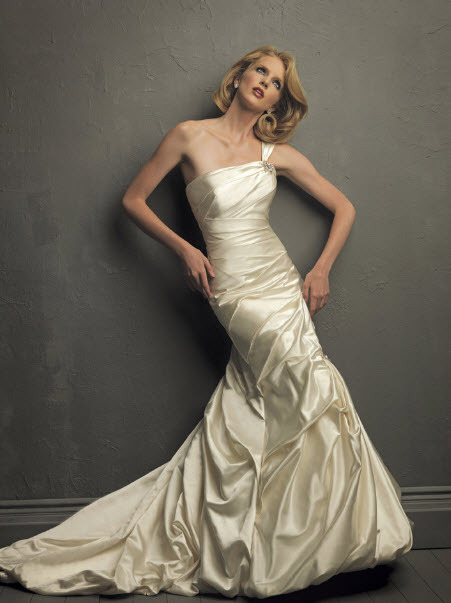 photo of 8708 Dress
