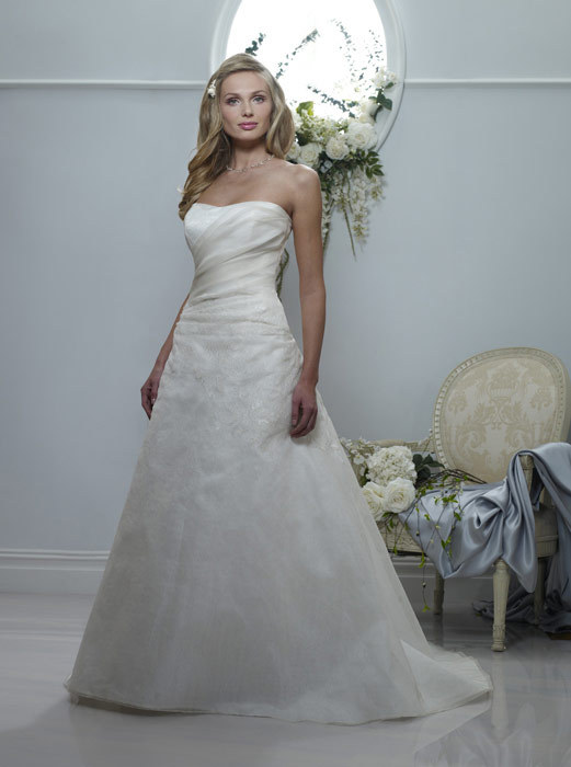 Spring-2011-patricia-strapless-ivory-a-line-wedding-dress.full