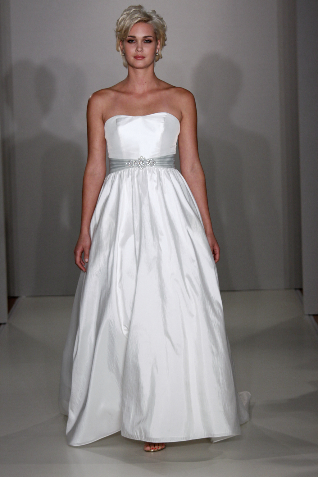 Alfred_angelo_style_2085f.full