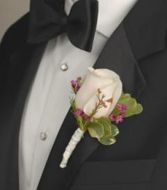 photo of White Rose Boutonniere