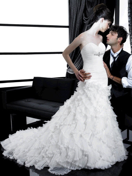 Moonlight-wedding-dress-h1140.full