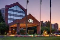 photo of Hilton Suites Auburn Hills