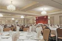 1083227-12406723-ballroom.full