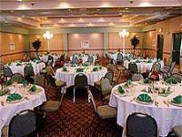1082479-15705347-ballroom.full
