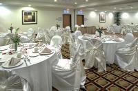 1083465-16247753-ballroom.full