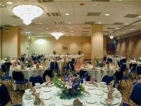 1082572-12638990-ballroom.full