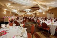 1083155-22813790-ballroom.full