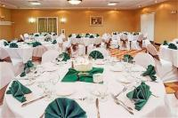 1083628-24066103-ballroom.full