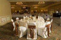1082635-13048937-ballroom.full