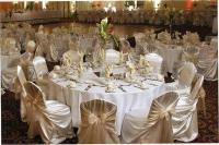 1083078-19958496-ballroom.full