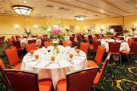 1082016-23505095-ballroom.full