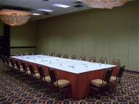 1083937-16667325-ballroom.full
