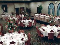 1082052-12186397-ballroom.full