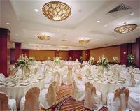 1050592-12372487-ballroom.full