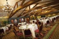 1081623-16243731-ballroom.full