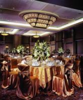 1086571-24464749-ballroom.full