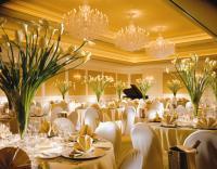 1059595-7148606-ballroom.full