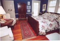 1094310-12753617-guest-room.full