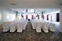 1093657-15759851-ballroom.full