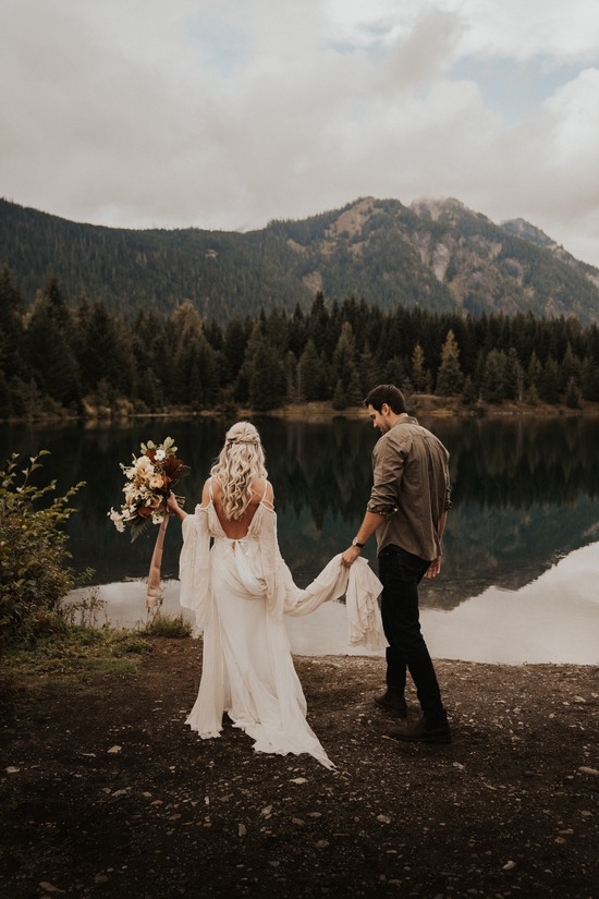 Gold Creek pond elopement