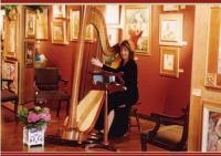 photo of Sandra Salstrom, Harpist