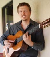 photo of Dustin Jones