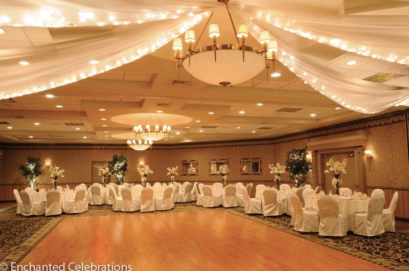 Windsor_hollywood_lighting_9_for_web_-_credit_enchanted_celebrations.full