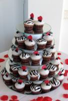 Cake-cupcake-hearts.full