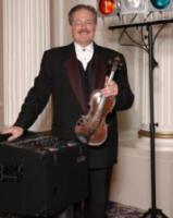 photo of Strolling Violinist and Dj Steven Vance