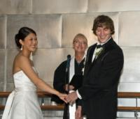 Seon_wedding_pic_funny.jpg